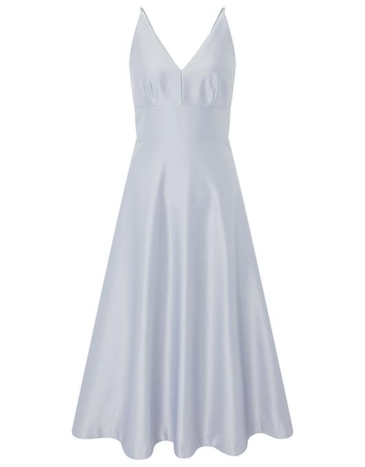 Evening dresses embody noble women