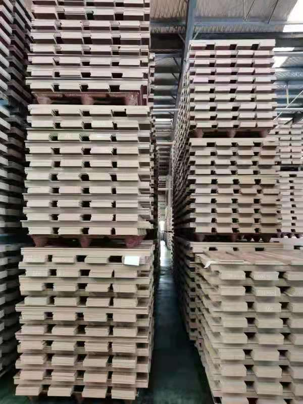 How to distinguish the quality of molded wooden pallets