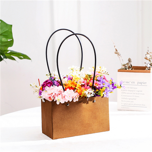 What are the types of birthday gift paper bags