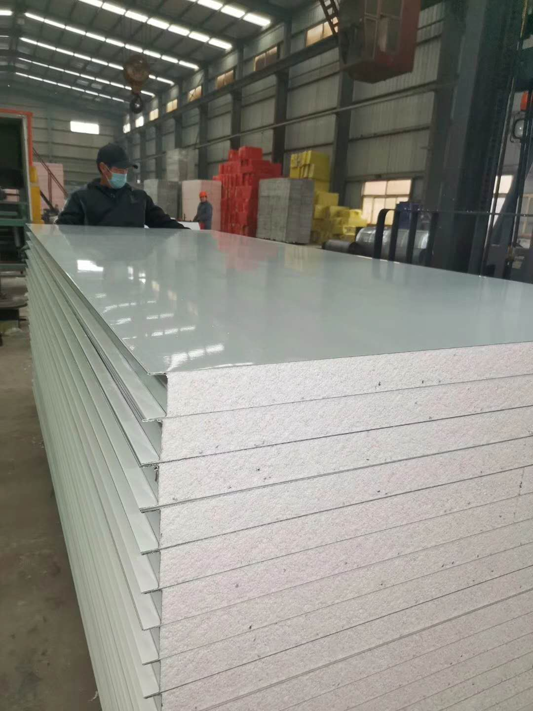 How to develop sandwich panels? What are the advantages?