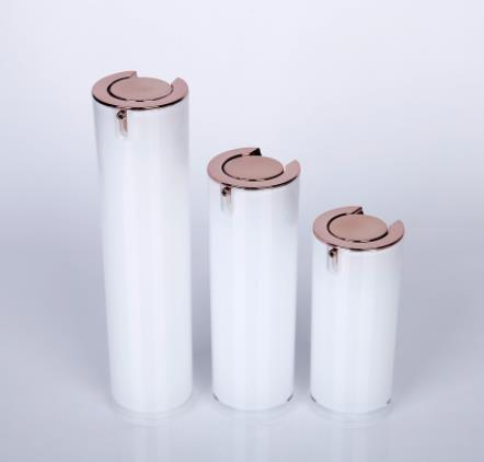 What are the criteria for purchasing cosmetic bottles