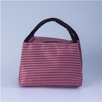 What are the criteria for the selection of cooler bags suppliers