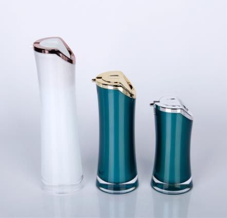 What product advantages have credit cosmetics bottle manufacturers