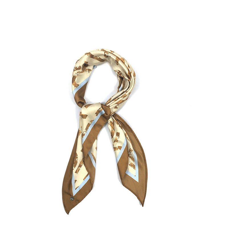 What are the profit channels for silk scarf wholesalers