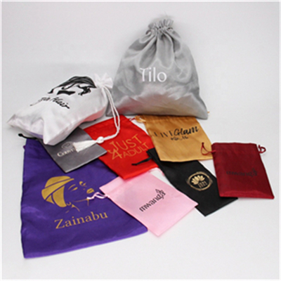 Is there a quantity requirement for gift bags wholesale