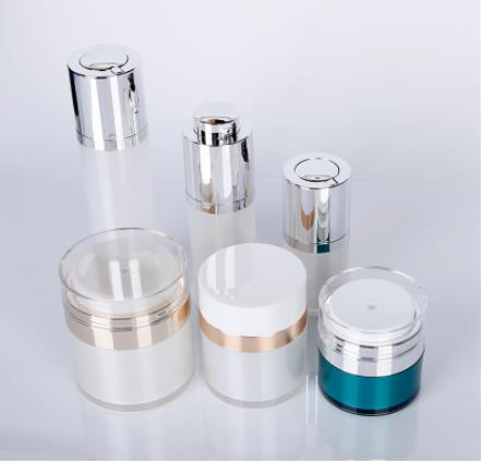 How is the market development of cosmetic bottles