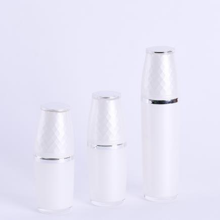 What are the requirements of acrylic cosmetic bottles for production materials