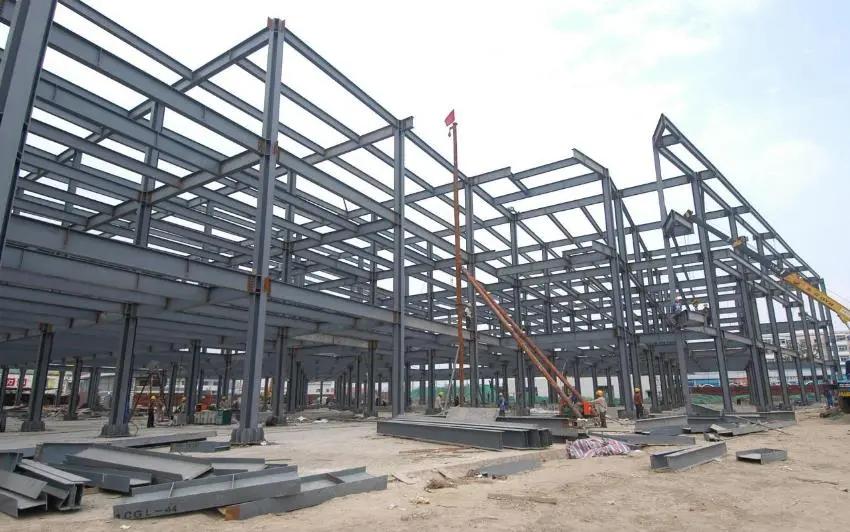 Diversified steel structure workshop