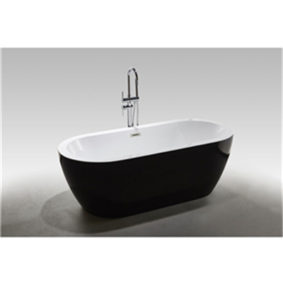 What are the precautions for installing the bathtub