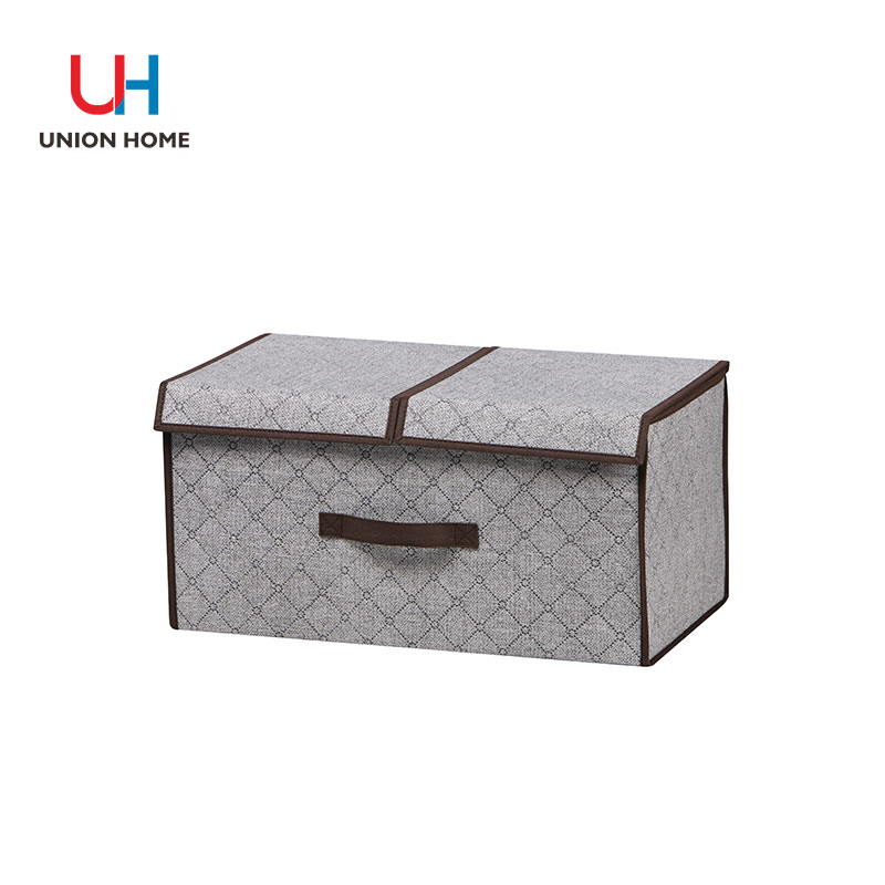 Double compartments for clothing storage
