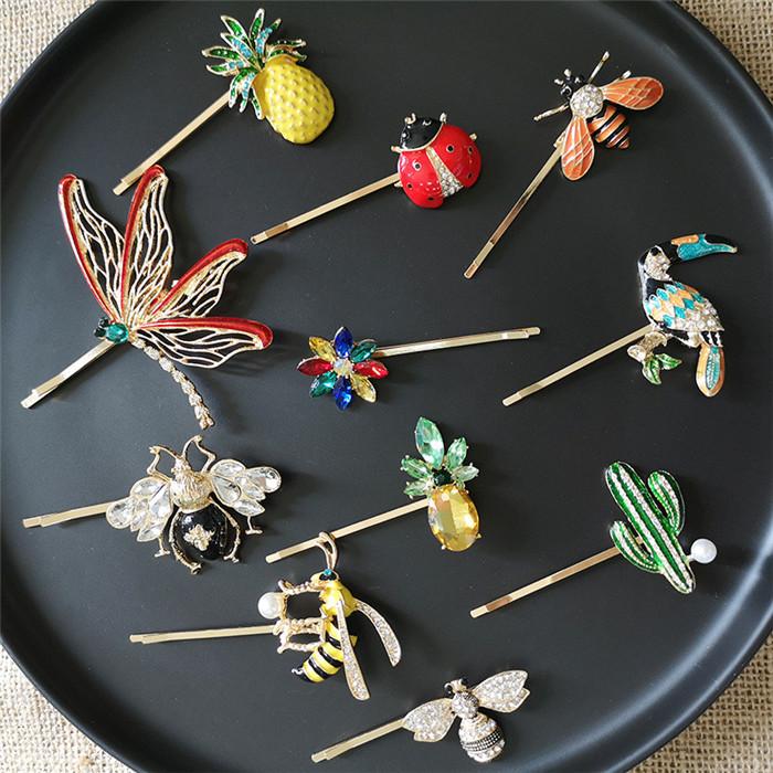 Bee Clip Pins