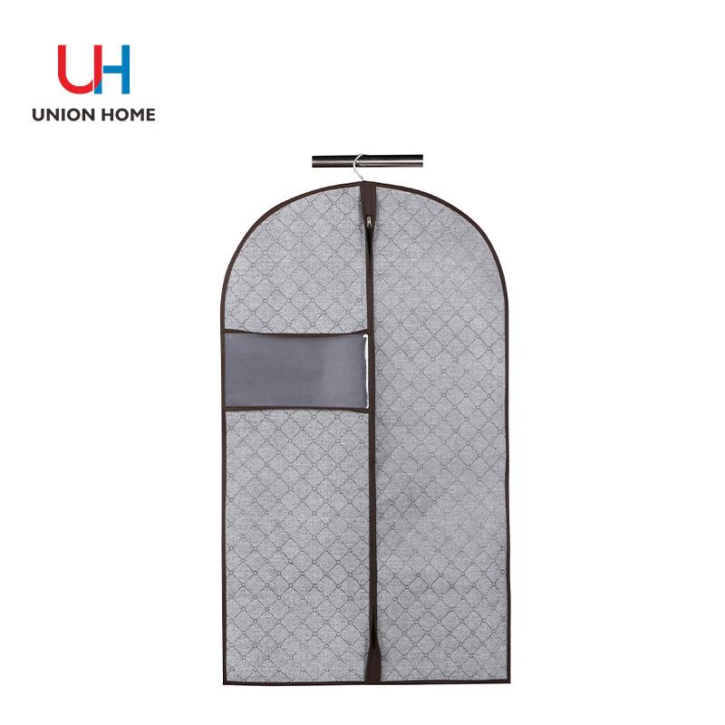 Printed nonwoven fabric garment bag