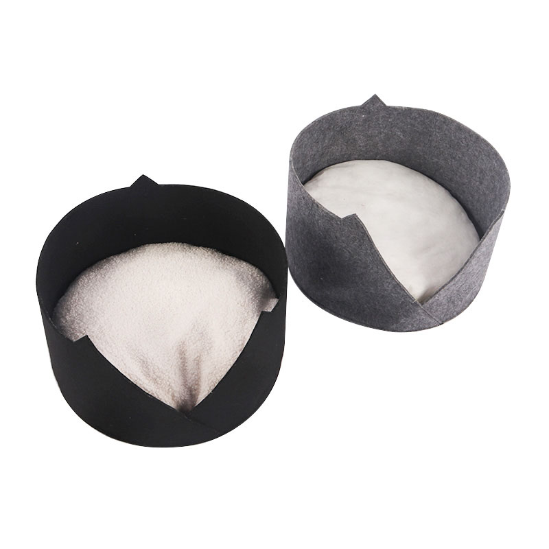 Round felted cat litter pet product