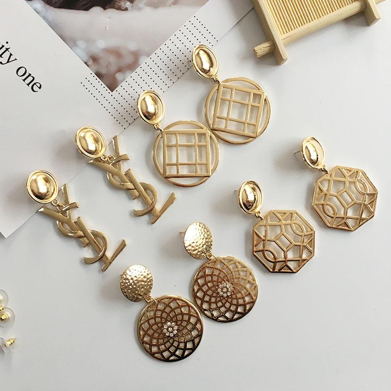 Hollow out geometric earrings
