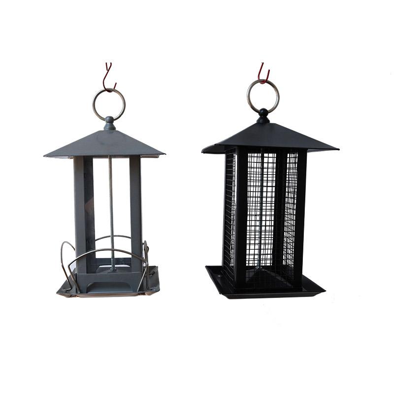 Hanged metal bird feeder