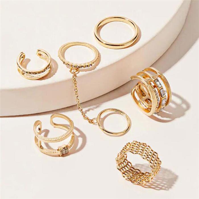 Crystal Metal Ring
