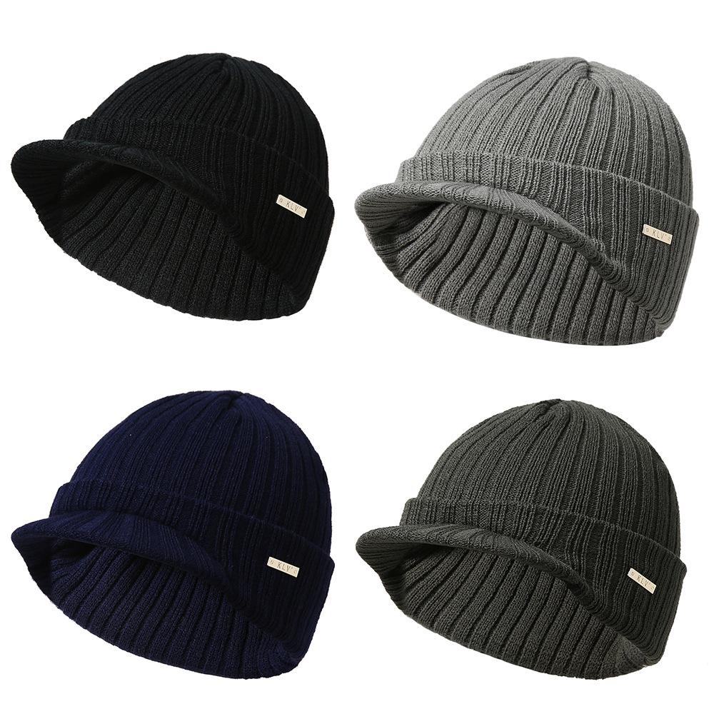 Many stripe hat