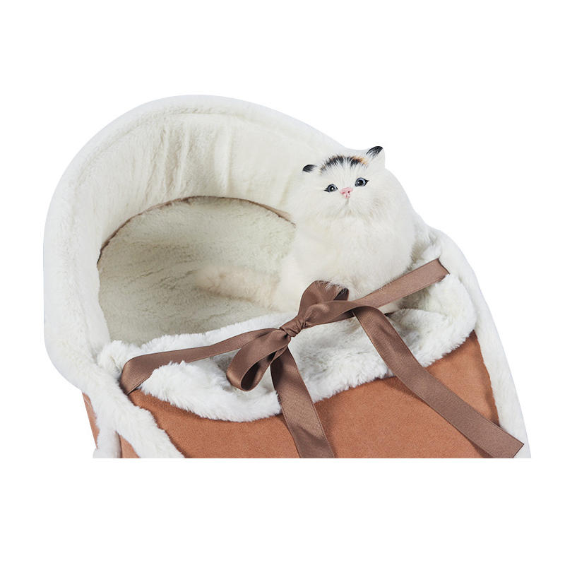 Warm sleeping bag for cats fall and winter