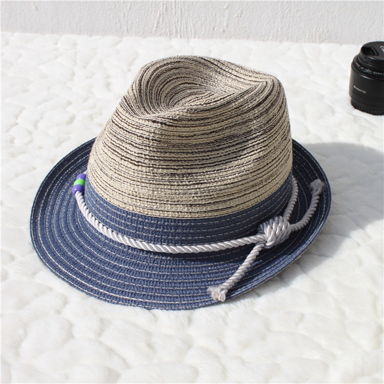Sun hat in England colours