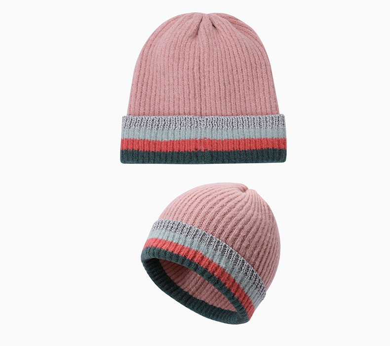 How should pink hat be matched