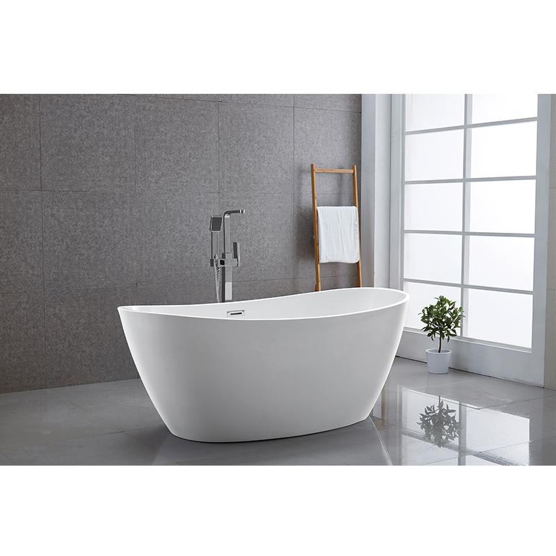 Freestanding White Acrylic Bathtub