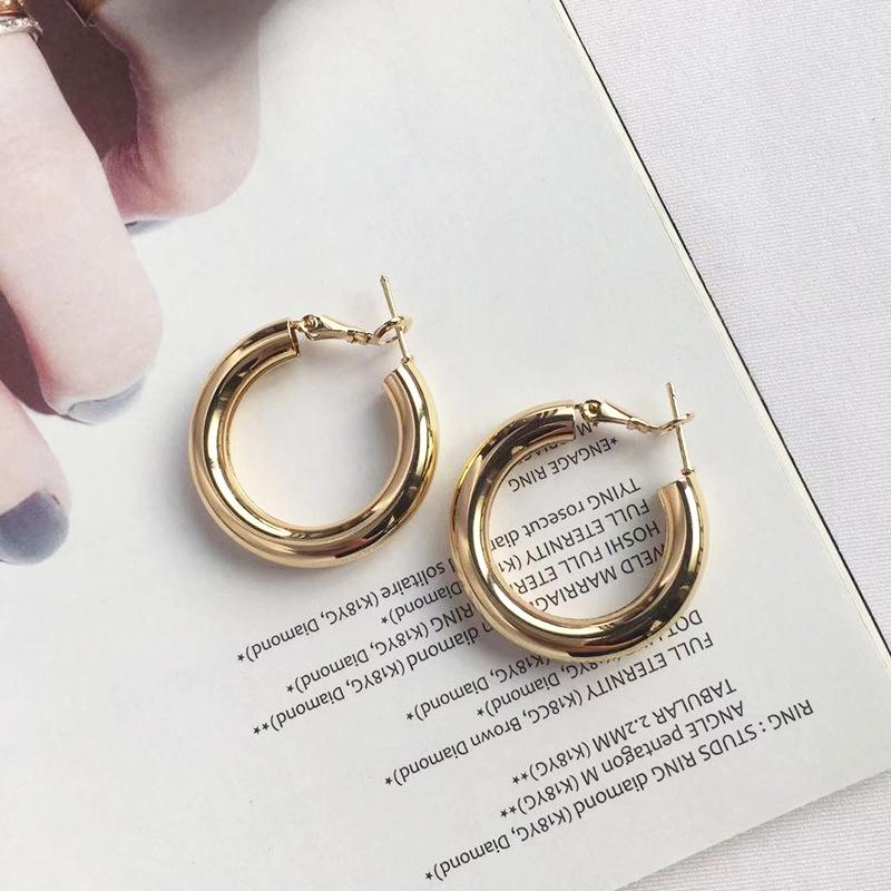 Retro geometric distortion earrings