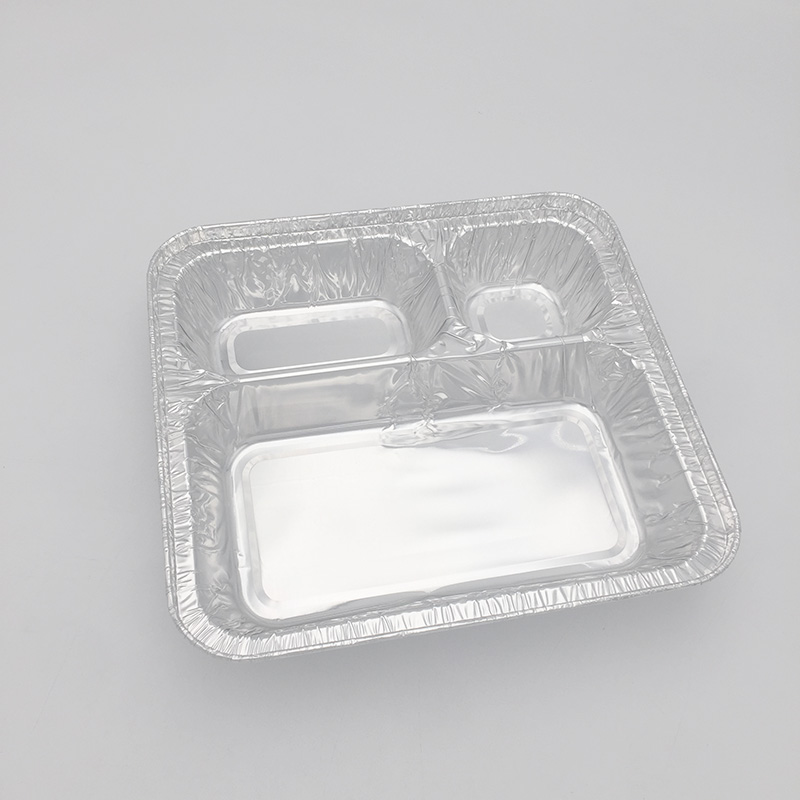 Devided aluminium containers