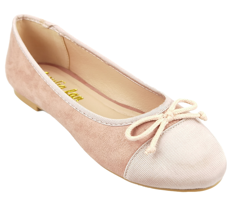 Ballet shoes manufacturer