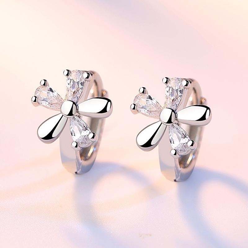 Flowers zircon earrings