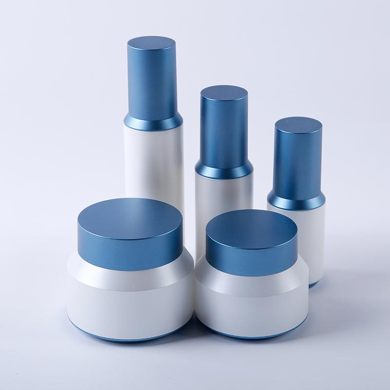 Family cosmetic jars