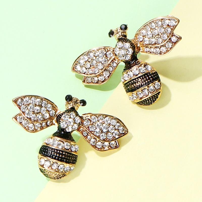 Bee Stud Earring C0119