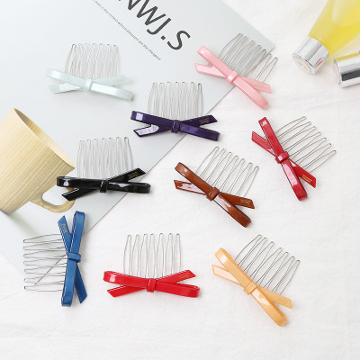Acrylic hair comb to comb