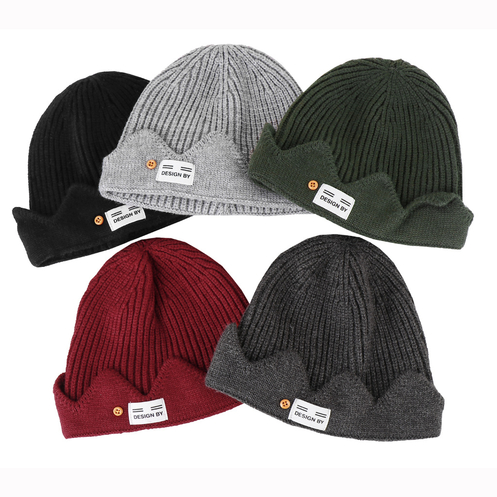 Crown knitted cap