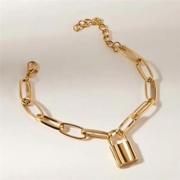 Lover's Lock Pendant Bracelets