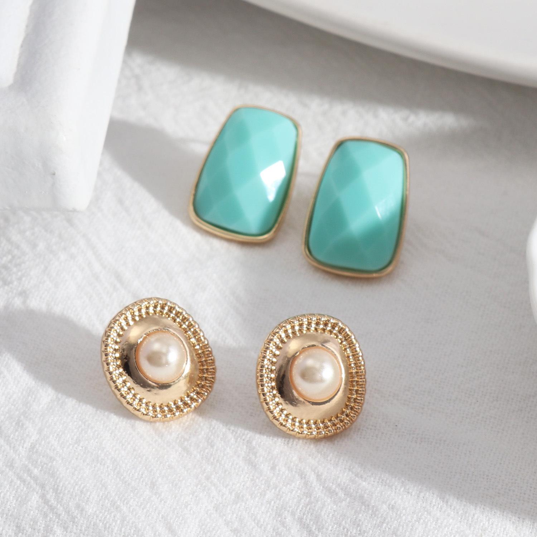 Resin Imitation Pearl Stud Earrings