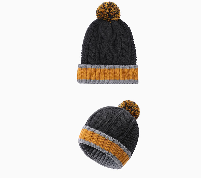 How should woolen hat be matched