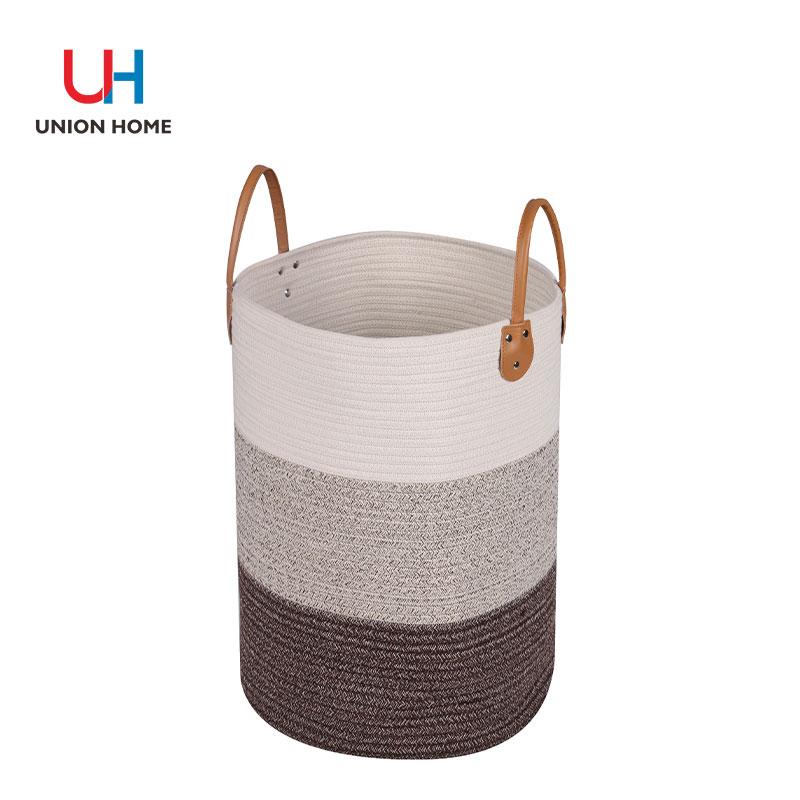 Freestanding plastic iron tube garment rack