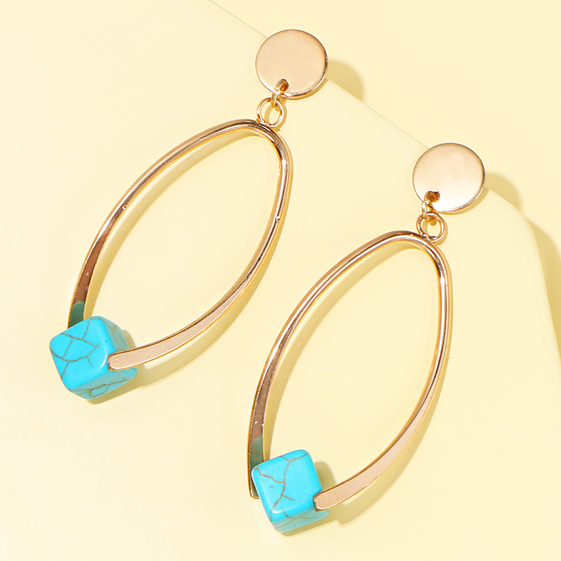 Metal Oval earrings