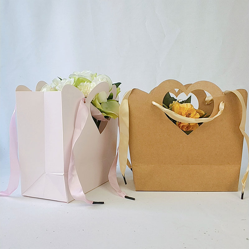 Paper bags with handles supplier