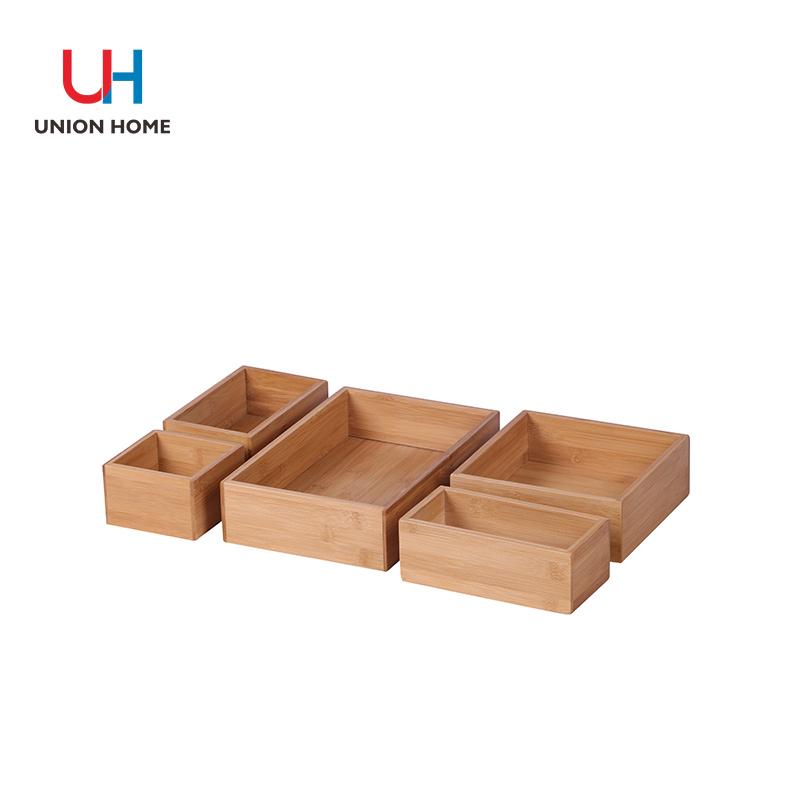 Various sizes bamboo storage