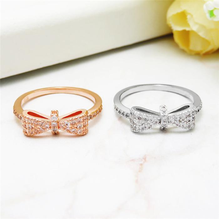 Micro inlay zircon ring