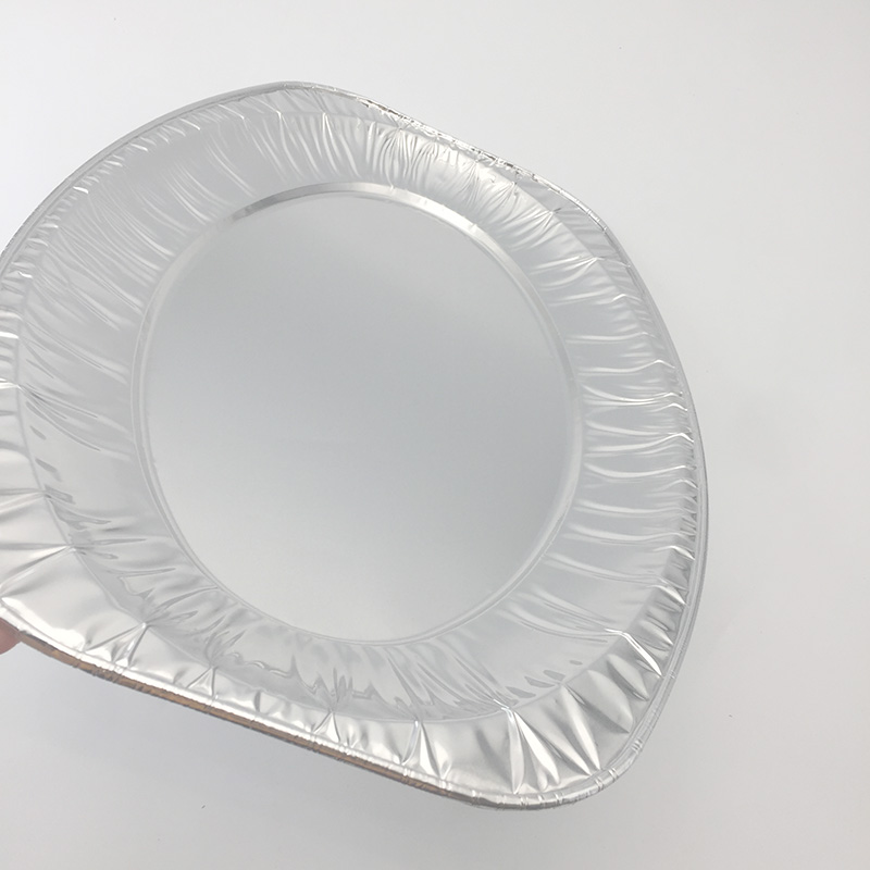 large aluminium foil trays