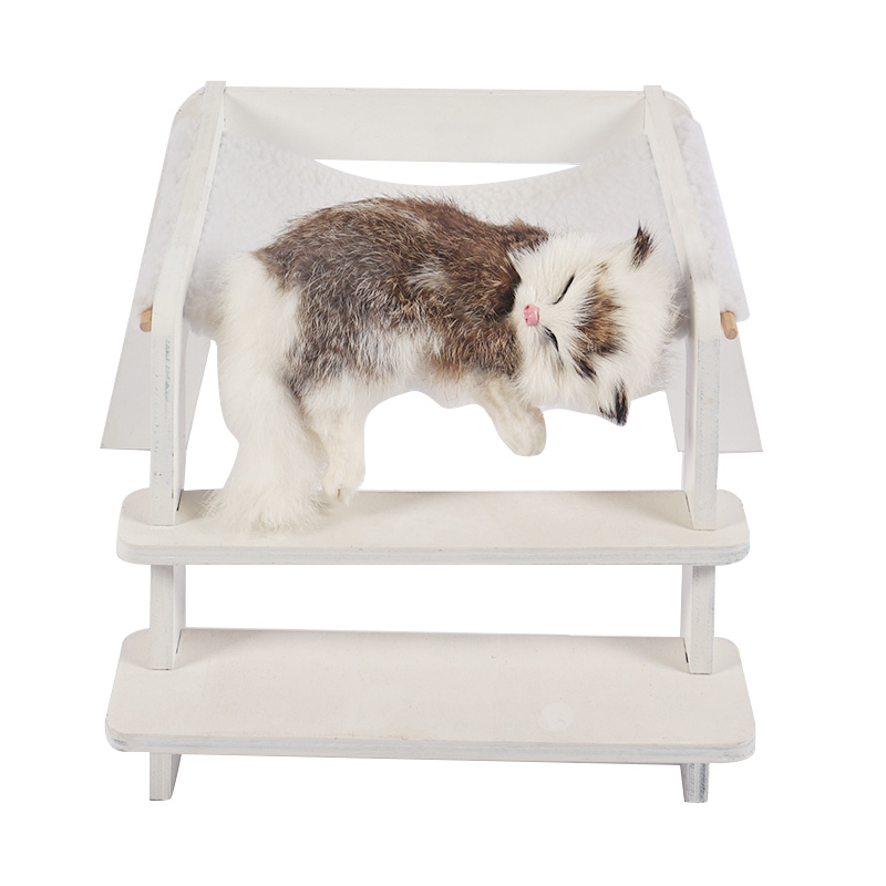White removable cat bed