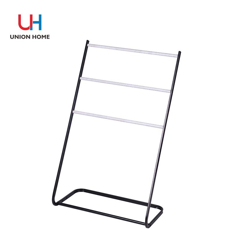 Square tube garment rack