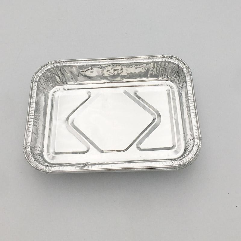 Large disposable aluminium foil trays