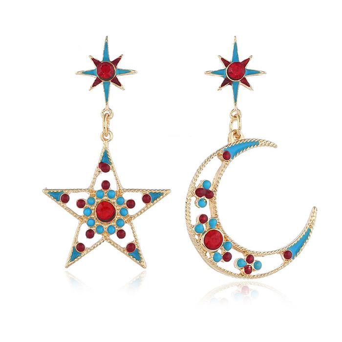 The moon diamond earrings