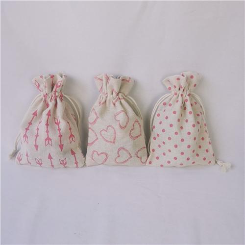 Gift bag of artificial jute fabric material