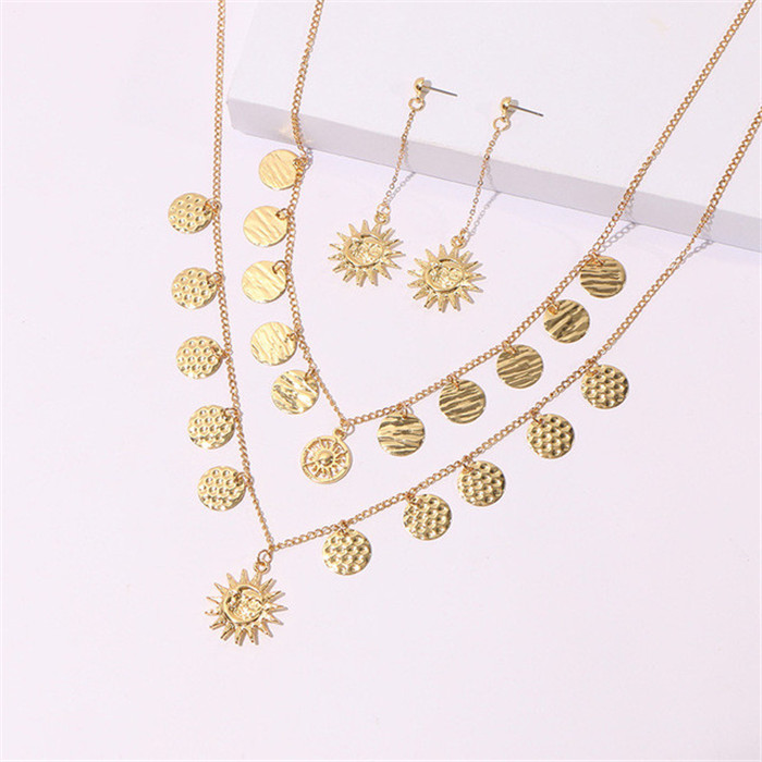 Pineapple Shell Pendant Chain Necklaces