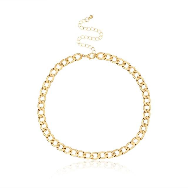 Golden fashion necklace