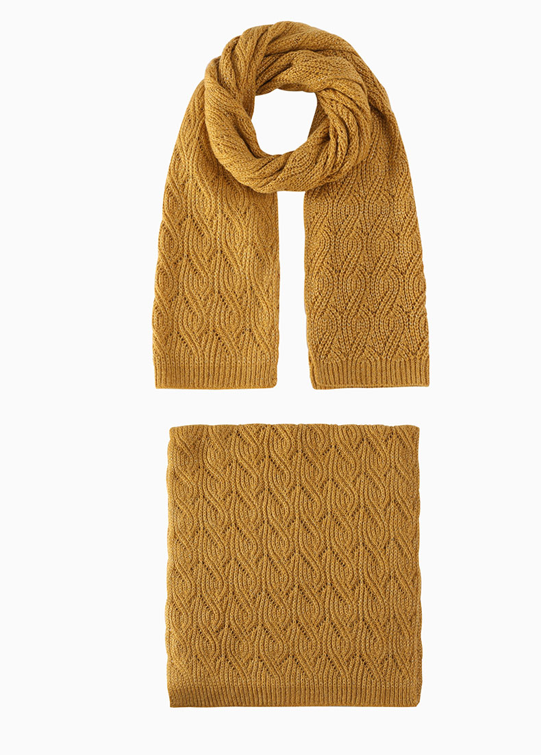 free pattern knitted scarves